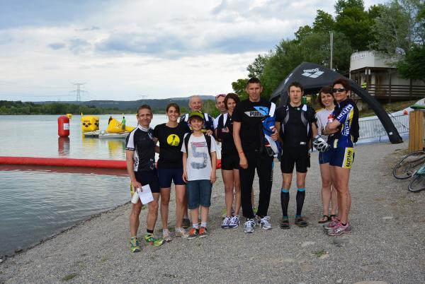 le staff en reconnaissance natation