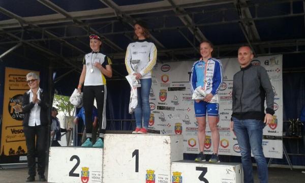Le podium junior Fille : Autun en force