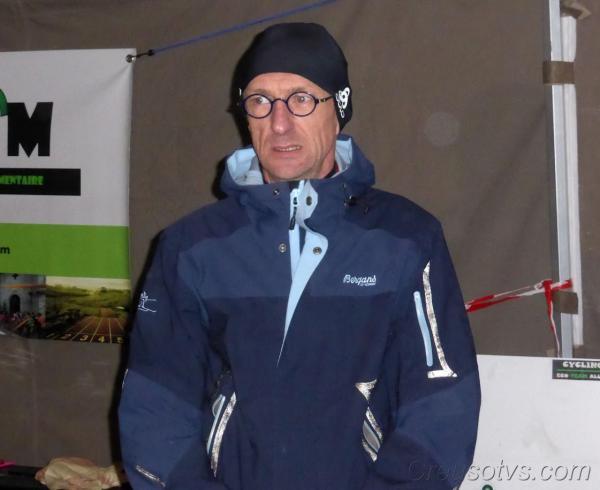 Geoffroy lors des podiums récompensé pour sa belle 5ème place.