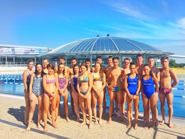 groupe jeune natation.JPG