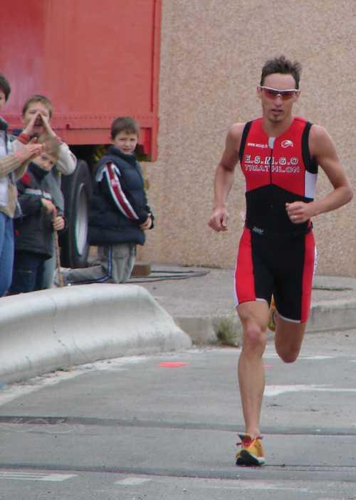 Cédric au Triathlon de Saint Tropez, plus que 200 m !