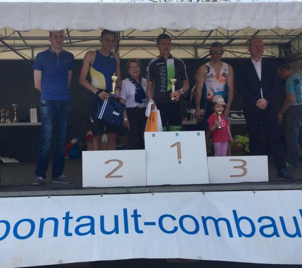 Victoire de Stéphane J au triathlon du Nautil 2016