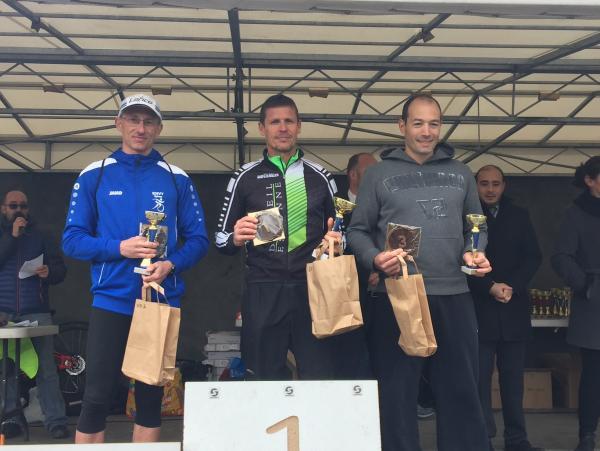 Podium de Stéphane J au triathlon XS du Nautil (300 m  - 6 km VTT - 2 km course à pied)