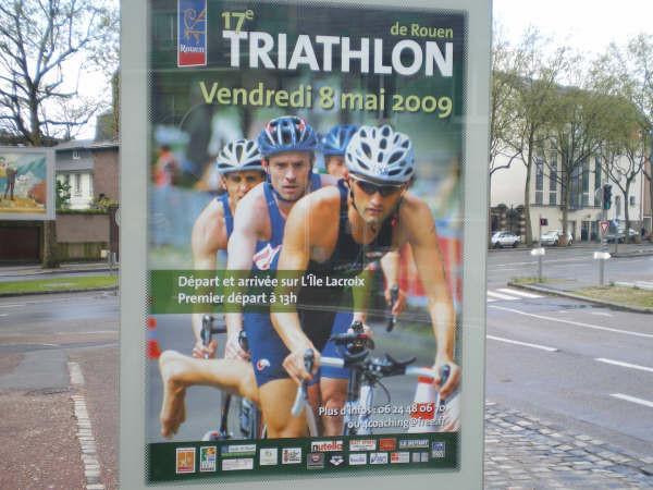 Affiche dans la ville