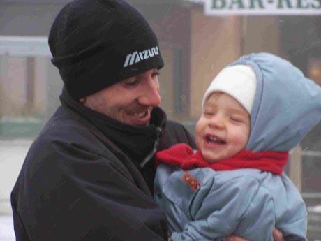 Mon fils Charly et moi à la montagne