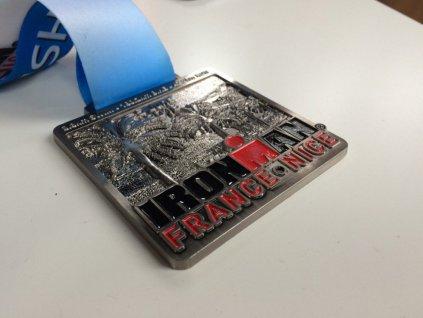 médaille ironman nice.jpg
