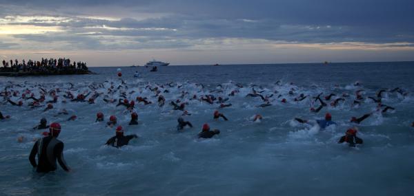 Monaco - Départ natation