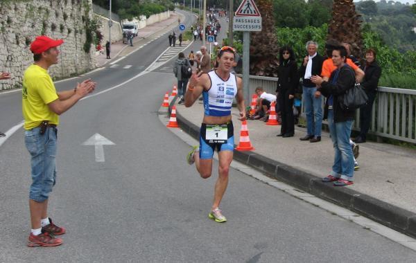 Romain vainqueur à TOULON