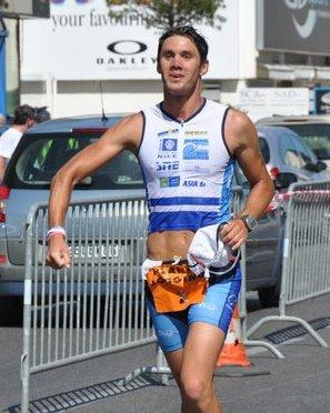 Arrivée de Romain - Triathlon de St Laurent du Var