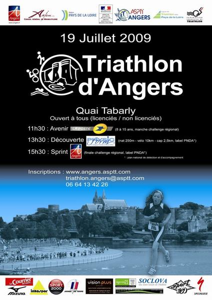 affiche_triathlon_angers_2009__050868100_1140_16062009.jpg