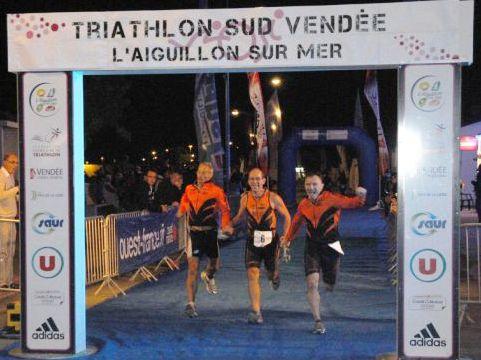 Tri/Equipe de l'Aiguillon 2012...Michel, Franck et Alain à l'arrivée !!!