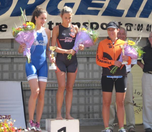 Aurélie Tharreau sur la 3ème marche du podium du S de Villeveque !!!