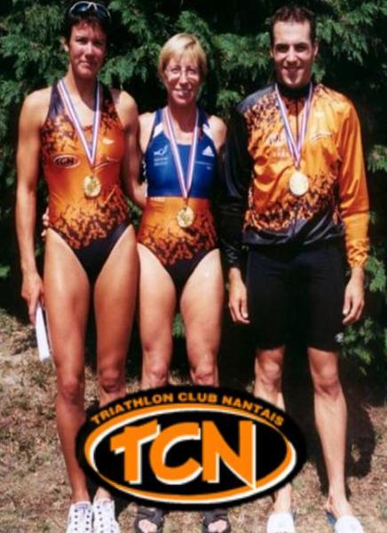 Céline VIAUD, Catherine SOUNALET, Aurélien ROUXEL, nos 3 champions de France sur CD en 2001