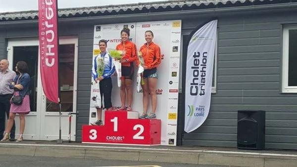 podium Céline et Laure - Triathlon Cholet.jpg