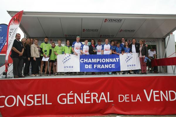 Championnat-de-France-de-Triathlon-et-Duathlon-UNS-copie-1.jpg