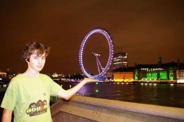 London eyes.JPG