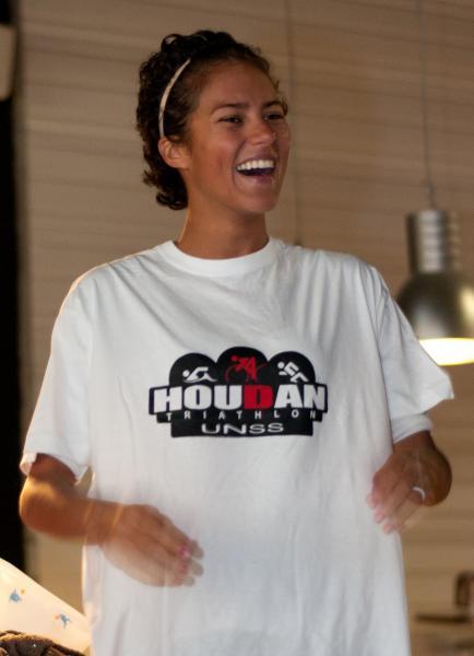 "Fabienne avec le tee-shirt ""collector"" de Houdan"