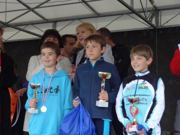 Eliot Calba = Podium du 13eme Triathlon de Pontault Combault.JPG