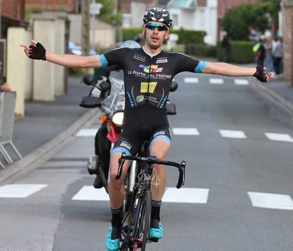 Victoire Florian Deriaux GP Isbergues 2015